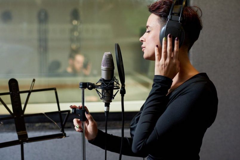 Singorama Reviewed – The Complete Guide To Singing Like A Professional
